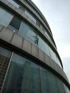 乐虎国际电脑版_外墙玻璃更换维护
